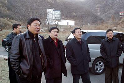 楼明陪同时任浙江省副省长陈加元考察亚搏网页登陆